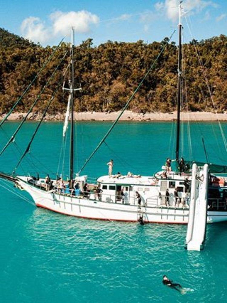 New Horizon vessel - Whitsunday Islands