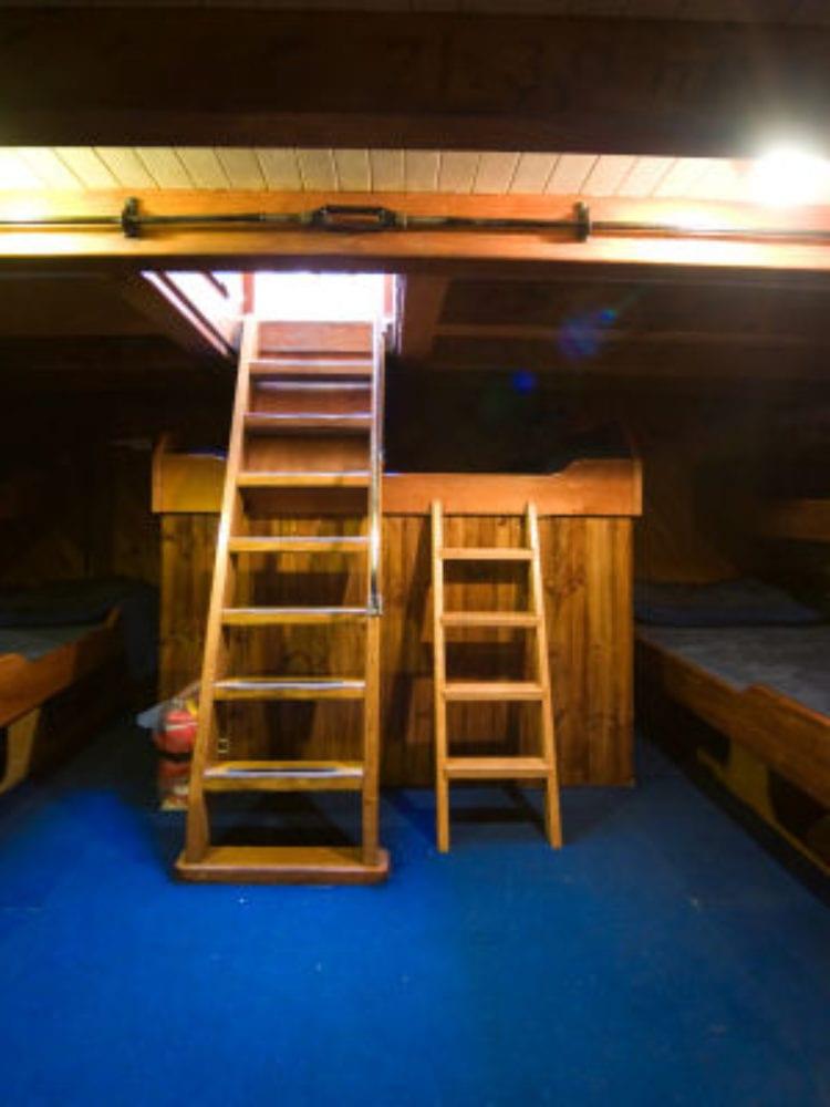 New Horizon vessel cabins - Whitsunday Islands