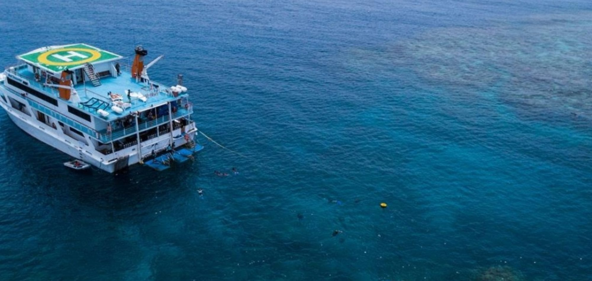 Cairns Liveaboard dive trip - Reef Encounter-