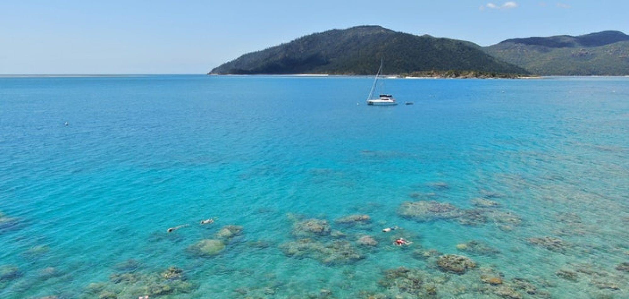 Whitsunday Islands scuba diving adventure - Langford Island