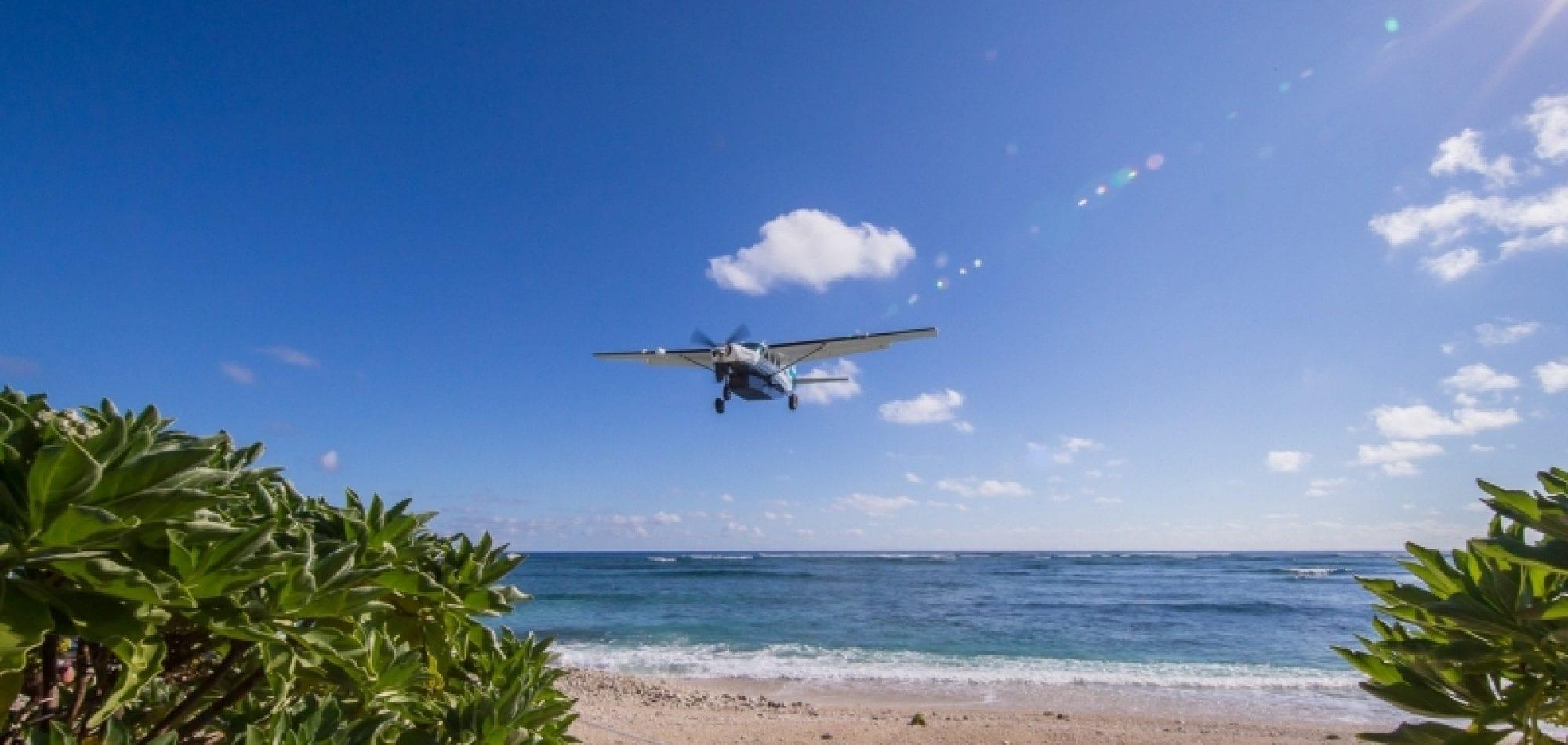 Lady Elliot Island, Plane Flight